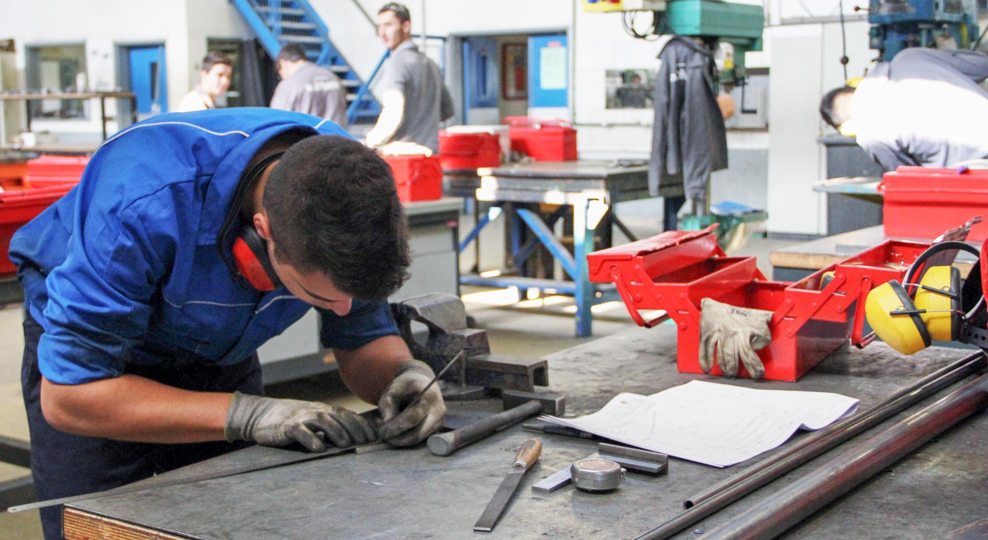 Formation Menuiserie D Art cap serrurier métallier - cap sm formation initiale à nantes